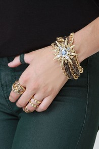 Star Bright Gold Chain Bracelet at Lulus.com!