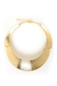 Round She Goes Gold Collar Necklace at Lulus.com!