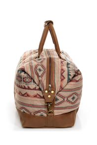 Obey Sierra Southwest Print Duffel Bag at Lulus.com!