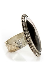 Roundoff Black Cocktail Ring at Lulus.com!