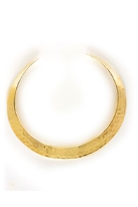 Zad Hammered Gold Collar Necklace at Lulus.com!