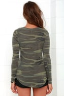 Rank and Style Green Camo Print Long Sleeve Top 4