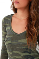 Rank and Style Green Camo Print Long Sleeve Top 5