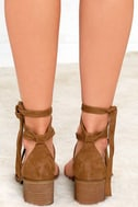 Steve Madden Rizzaa Cognac Suede Leather Heeled Sandals 4