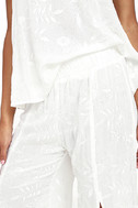 Lucy Love Sun Bum White Embroidered Pants 6