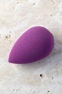 Beautyblender Royal Purple Makeup Sponge 1
