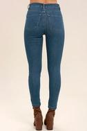 Amuse Society Iconic Medium Wash Distressed Skinny Jeans 4