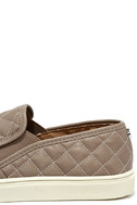 Steve Madden Ecentrcq Grey Quilted Slip-On Sneakers 7