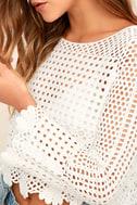 Crystal Grid White Crochet Long Sleeve Crop Top 5