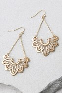 Flourish Gold Earrings 2