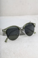 Digging It Matte Olive Green Sunglasses 2