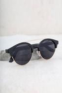 Neat Black Sunglasses 2