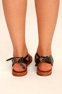 Sbicca Teegan Dark Brown Leather Flat Sandals 4