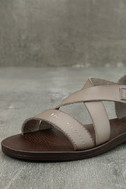 Blowfish Drum Birch Taupe Flat Sandals 6