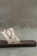 Blowfish Domaine Off-White Flat Sandals 7