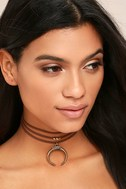 Rhythmic Gold and Brown Choker Necklace 1