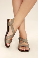 Blowfish Drum Birch Taupe Flat Sandals 2
