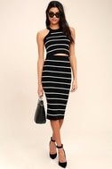 Adaptable Black and White Striped Pencil Skirt 3
