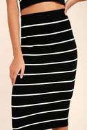 Adaptable Black and White Striped Pencil Skirt 6