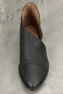 Free People Royale Black Leather D'Orsay Pointed Toe Booties 5