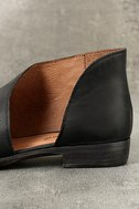 Free People Royale Black Leather D'Orsay Pointed Toe Booties 7