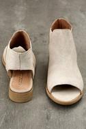 Musse & Cloud Ciara White Leather Peep-Toe Booties 3