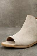 Musse & Cloud Ciara White Leather Peep-Toe Booties 6