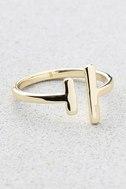 Shashi Lynda Gold Ring 1