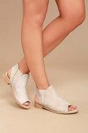 Musse & Cloud Ciara White Leather Peep-Toe Booties 2