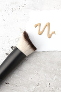 NYX Total Control Drop Foundation Brush 2