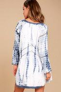 Amuse Society Topaz Blue and White Tie-Dye Long Sleeve Dress 3
