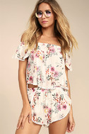 Flowing in the Wind White Floral Print Shorts 2