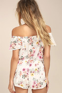 Flowing in the Wind White Floral Print Shorts 4
