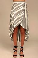 O'Neill X Natalie Off Duty Savi Beige and Black Striped Skirt 2