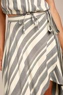 O'Neill X Natalie Off Duty Savi Beige and Black Striped Skirt 4