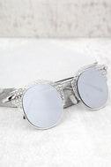 Livin' Easy Silver Mirrored Sunglasses 1