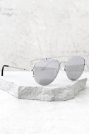 Perverse Nat and Liv Silver Mirrored Sunglasses 2