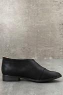 Karmen Black D'Orsay Pointed Toe Booties 2