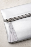 Go Girl Silver Clutch 2