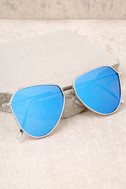 Keep Dancing Silver and Blue Mirrored Aviator Sunglasses 2