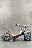 CL By Laundry Kensie Navy Blue Brocade Platform Heels 1