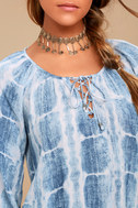 Cheerful Skies Blue and White Tie-Dye Top 4
