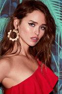 Among the Azaleas Gold Earrings 3