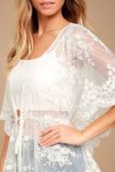 Sweet Honey White Lace Kimono Top 4
