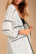 Intuition Black and White Print Lace Kimono Top 4