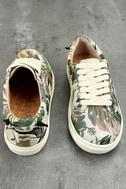 J Slides Cameron Beige Multi Sneakers 3