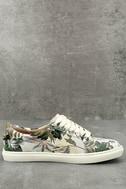 J Slides Cameron Beige Multi Sneakers 2