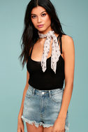 Vanessa Mooney Star Rush Cream Print Bandana 4