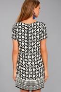 Piazza Black and White Print Shift Dress 3