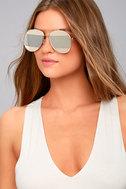Fashion Fave Gold and Silver Aviator Sunglasses 2